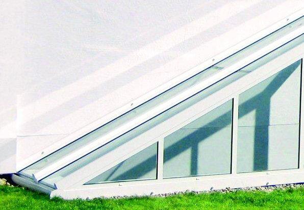 Schutz für Ihre Außentreppe gefertigt von der Spröba Insektenschutz und Alutechnik GmbH